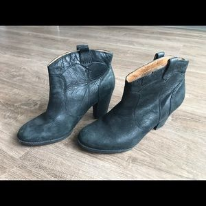 Clarks Shoes - Clark's Black Leather Booties